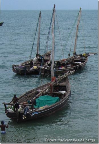 Dhows tradicionales de carga